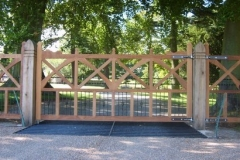 wooden-perez-yard-gate