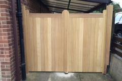 Kirk-Hallam-Hardwood-gates-Outside