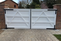 straight-top-white-gates-automated