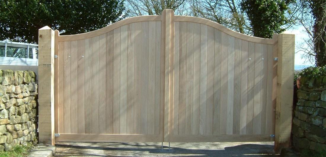 Ashover-Oak-Gates
