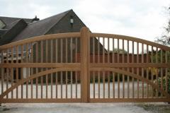Ashbourne-Spindle-Gates-Robeys