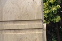 Oak Post Colar