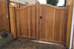 serpentine-gates-bedford-front