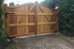 Serpentine gates (iroko) lumbards
