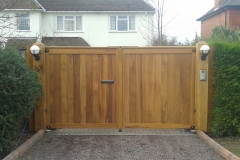 Straight top gates iroko MPR