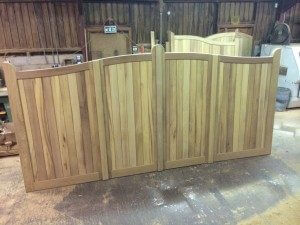 Serpentine iroko Gates Unequal front