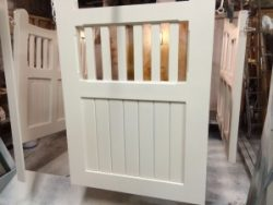 Gates-hung-for-painting