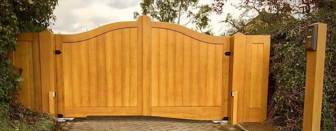 Mitech Joinery Gate